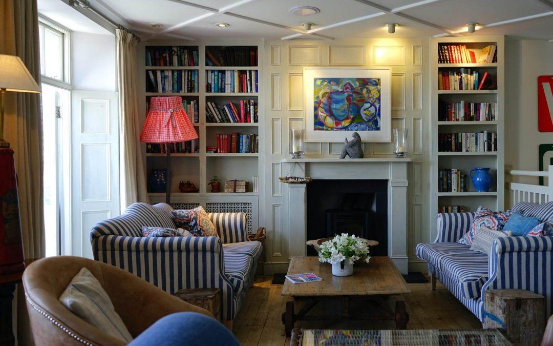 Com'è questo soggiorno? – Milyen ez a nappali?